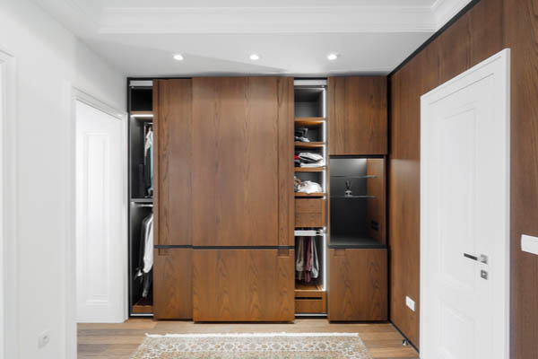 Hettich wardrobe for bedroom