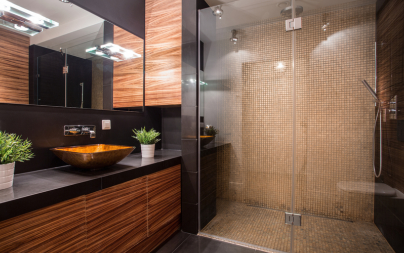 Use Glass in Bathroom