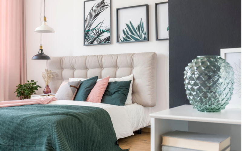 Green, White and Black Bedroom Color
