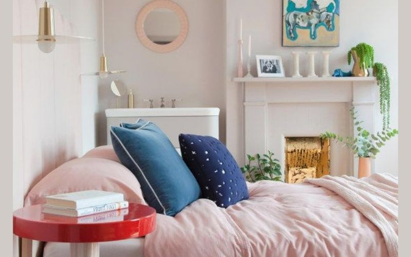 Cobalt and Pale Pink Bedroom Color