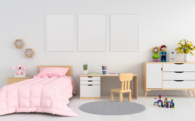 Rose and White Bedroom color